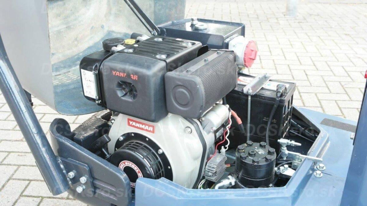 Minibagr-M200-bagr-strojeprodej.cz-10